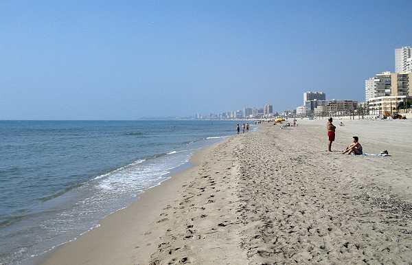playa muchavista beach